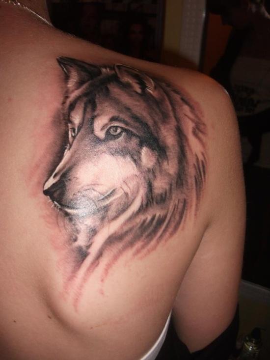Sholder Wolf Tattoo