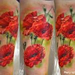 poppy tattoo by nika samarina