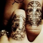 skull wedding ring tattoo design