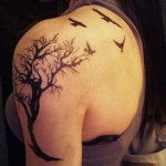 shoulder tree tattoo design