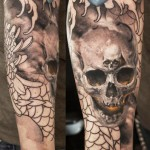 Niki Norberg realistic skull tattoo