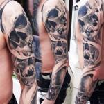 Robert Zyla full sleeve skull tattoo