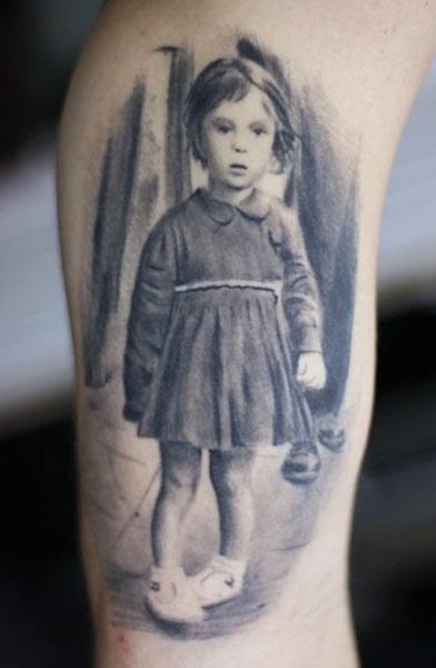 Darwin Enriquez little girl portrait tattoo