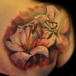 Max Pniewski realistic flower tattoo
