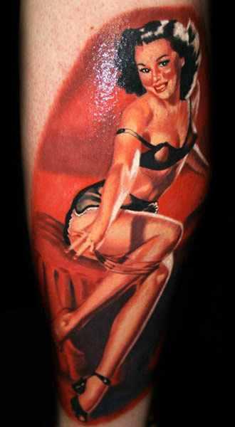 Janos Kovarik realistic pin up tattoo