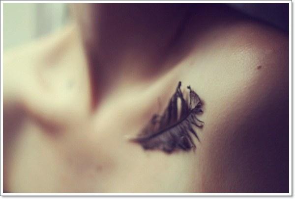 3d Feather Collarbone Tattoo Design Design Of