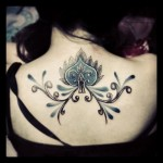 beautiful and feminine spade tattoo design