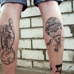 hot air balloon tattoo designed on leg