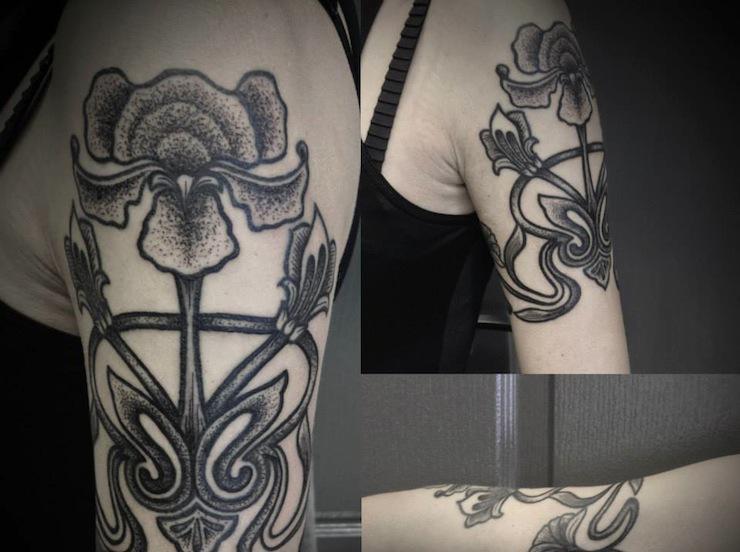 Jesse Scratchline black baroque tattoo design