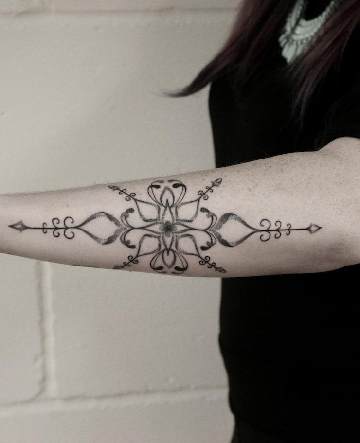 simple baroque tattoo design
