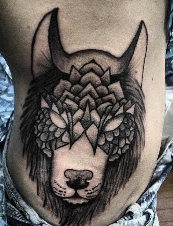 Akaua Pasqual wolf tattoo design
