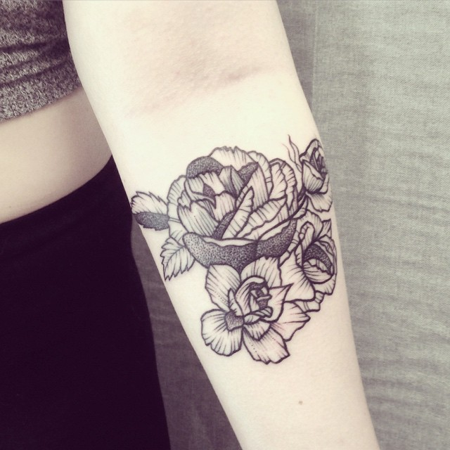 Ana Work roses tattoo design