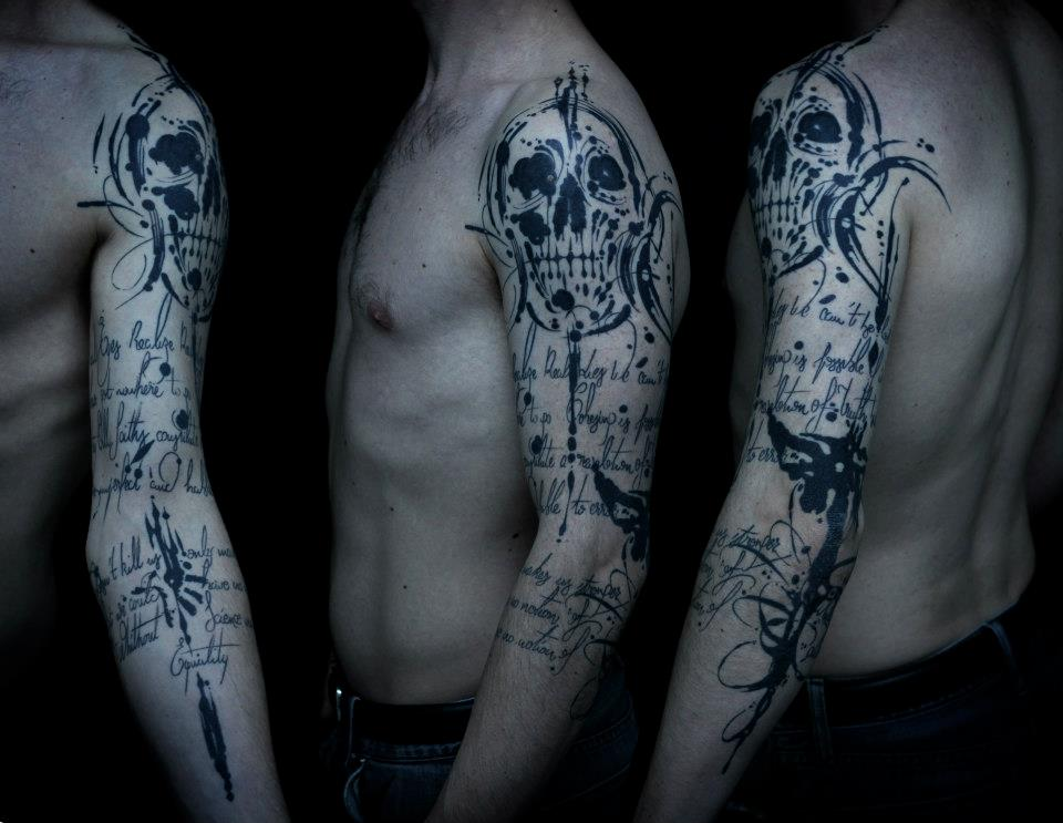 Sadhu le Serbe wonderful skull tattoo