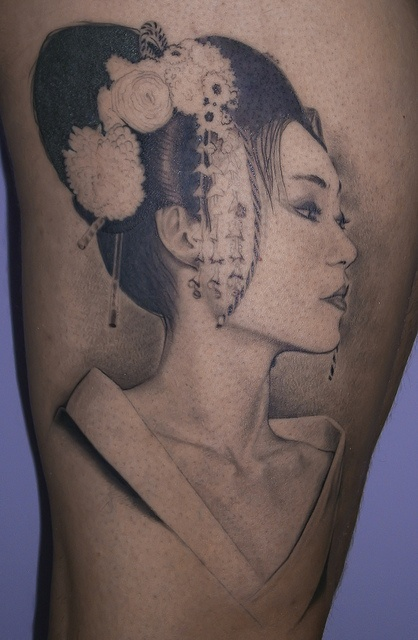 geisha tattoo in wonderful design
