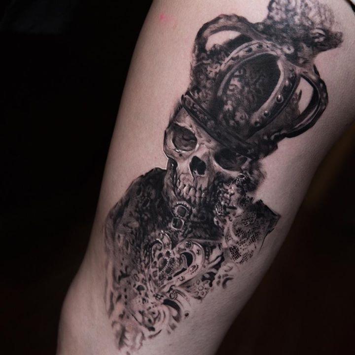 Skull tattoo by niki norberg