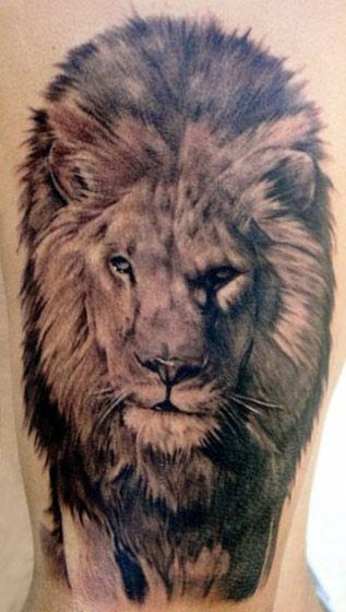 Carlos Torres black ink tattoo