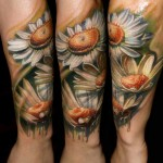 Csaba Kolozsvari flower tattoo