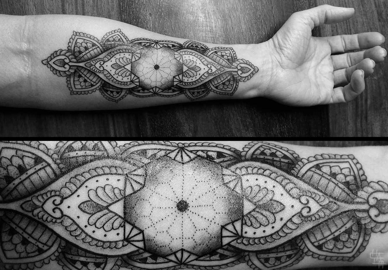unbelievable ornamented tattoo by chaim machlev design. Black Bedroom Furniture Sets. Home Design Ideas