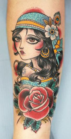 Darwin Enriquez colorful portrait tattoo