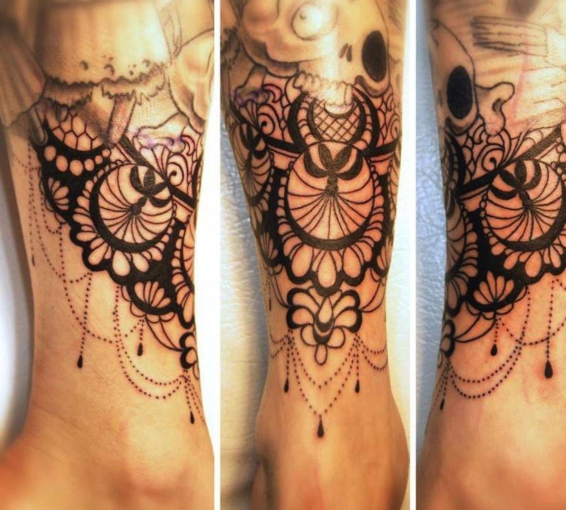 Anaïs Allnt beautiful design in baroque style