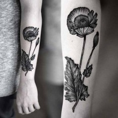 Kamil Czapiga black poppy tattoo design