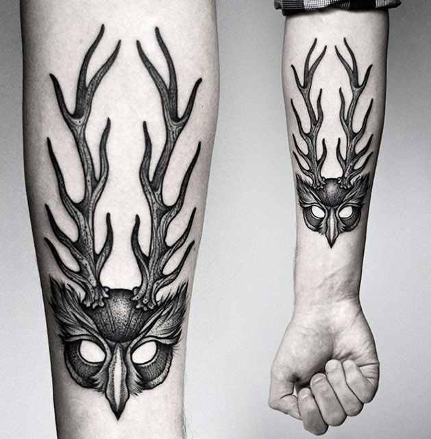 Kamil Czapiga black tattoo design