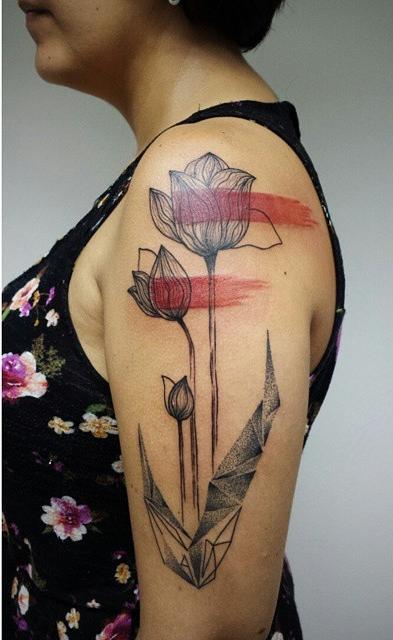 Aline Wata tulip tattoo design