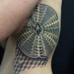 Alvaro Flores dotwork tattoo design