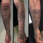 Alvaro Flores half sleeve geometric tattoo design