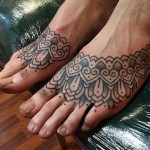 Alvaro Flores tattoo design on feet
