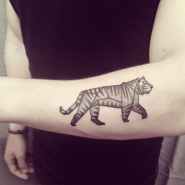 Ana Work tiger tattoo design