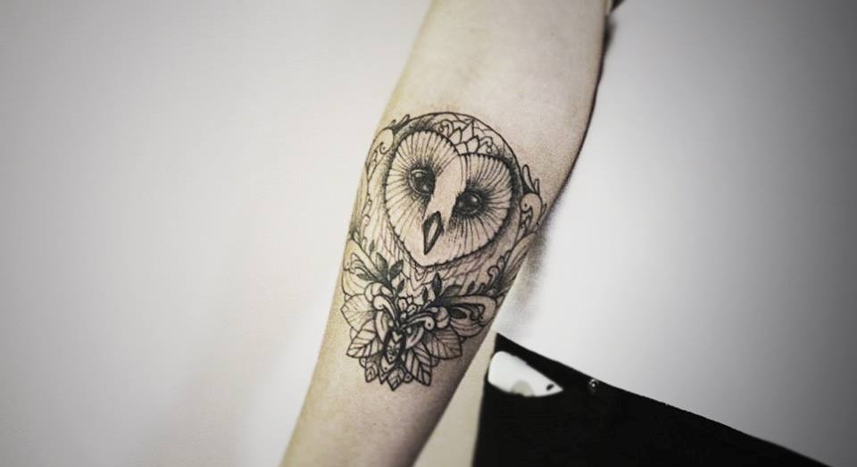 Diana Severinenko cute owl tattoo design
