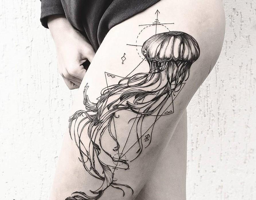 Diana Severinenko jellyfish tattoo design